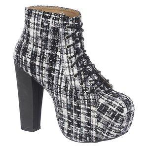 Shoe Republic LA Plaid Silla Boot NWOT